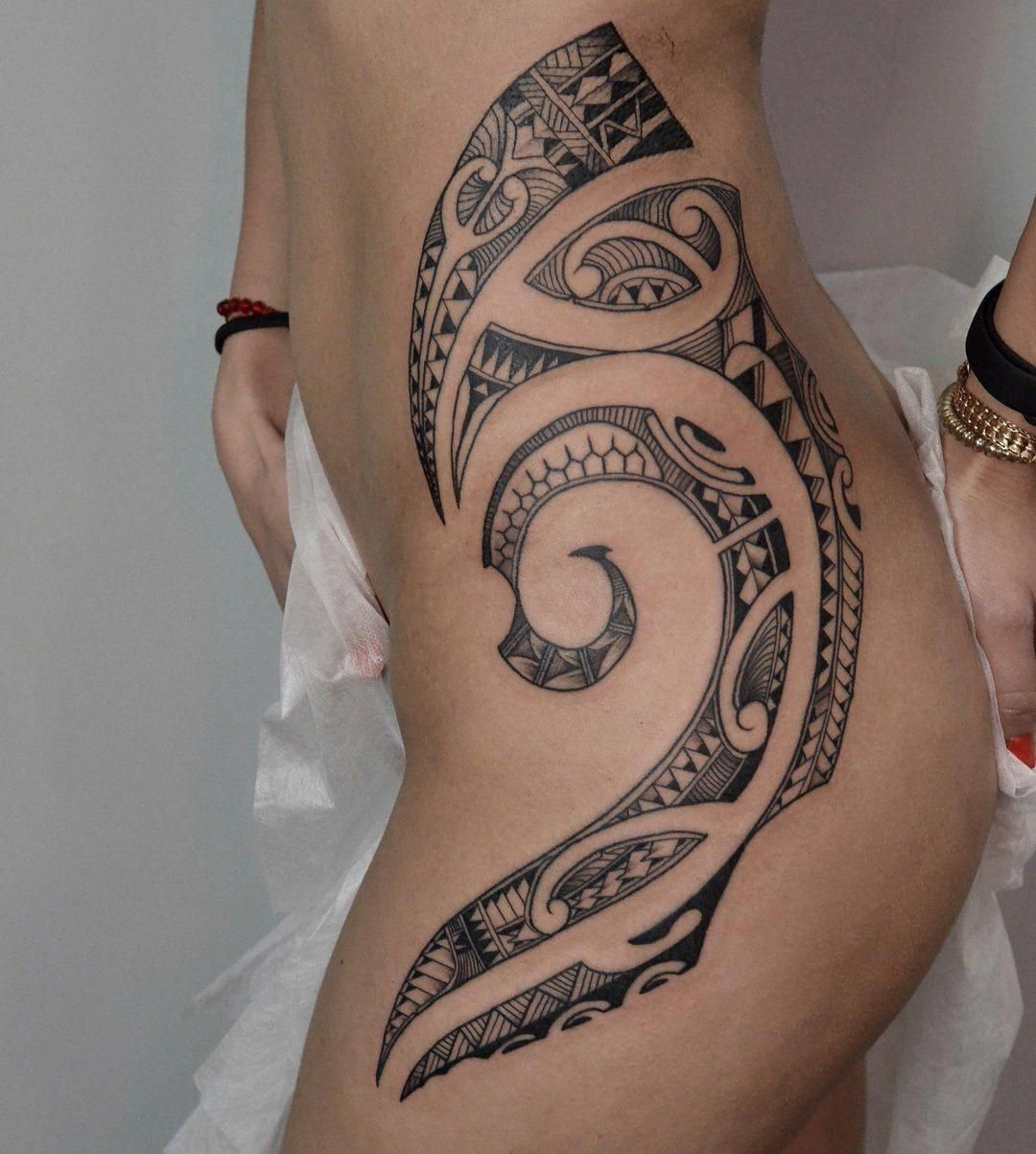 Samoan Tattoos And Symbols Samoantattoos Polynesiantattoosturtle Hip Tattoos Women Aztec Tribal Tattoos Polynesian Tattoos Women