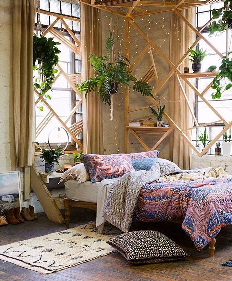 pingl par karachoupinette sur bedroom deco chambre. Black Bedroom Furniture Sets. Home Design Ideas