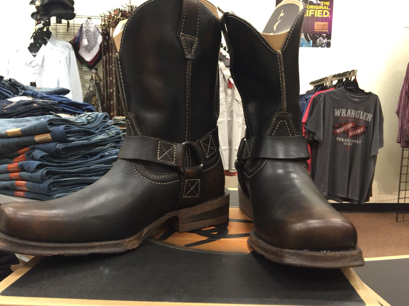 New arrivals from Ariat at Outlaw Western men's Rambler Harness.