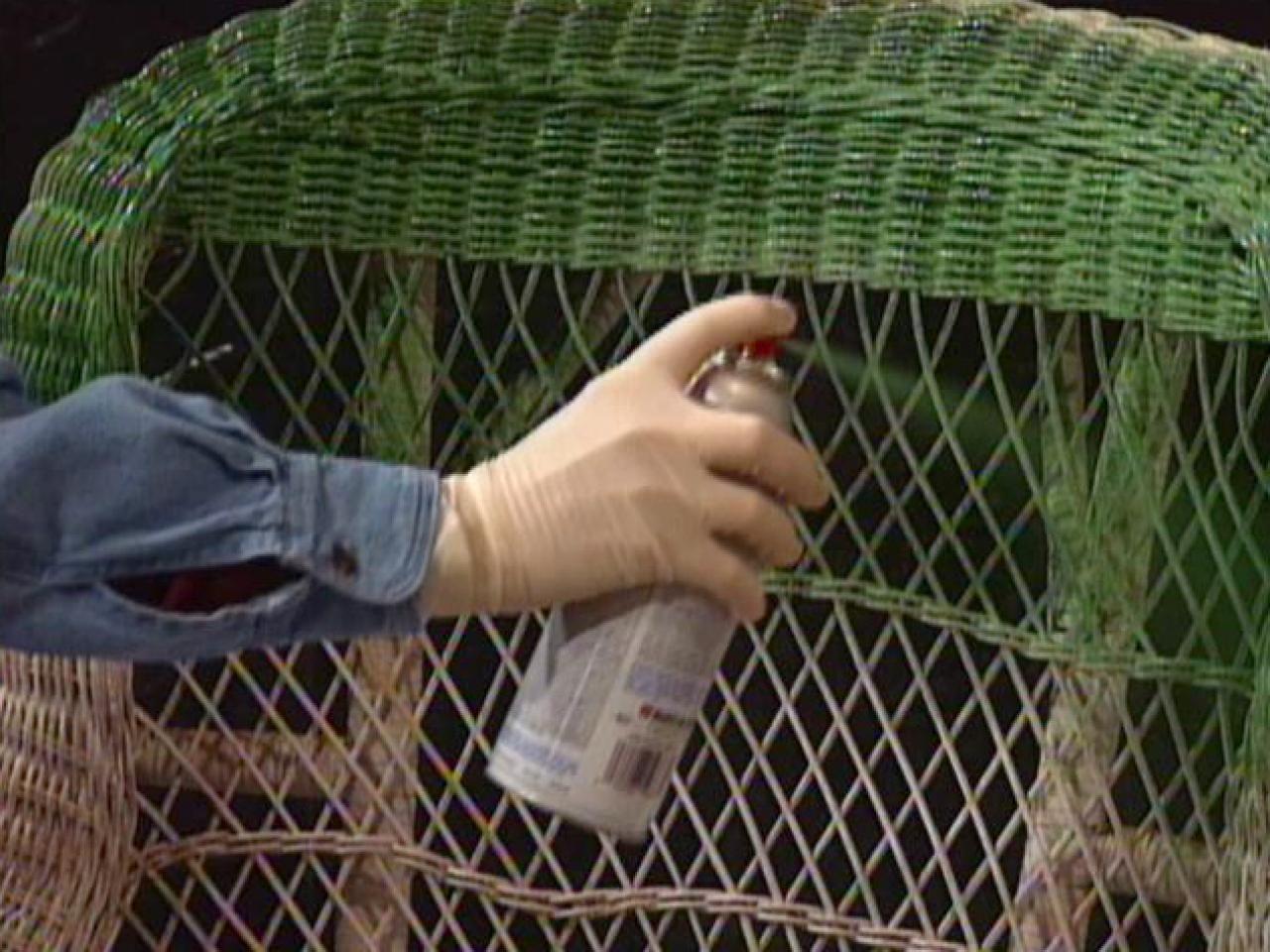 Comment Repeindre Des Fauteuils En Rotin comment nettoyer et peindre une chaise en osier? | chaise