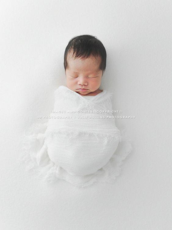 Newborn photographer julie rollins natural organic white newborn posing newborn photography
