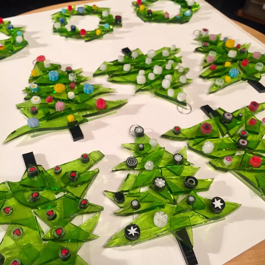 These ornaments sold out before I could even put them on display. Definitely will be making more funky trees for the holidays! #christmasornament #madeinoregon #fusedglass