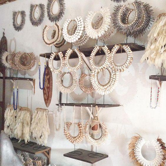"Bali Home Decor: ""Shopping! #bali #shells #shellnecklaces #homedecor"