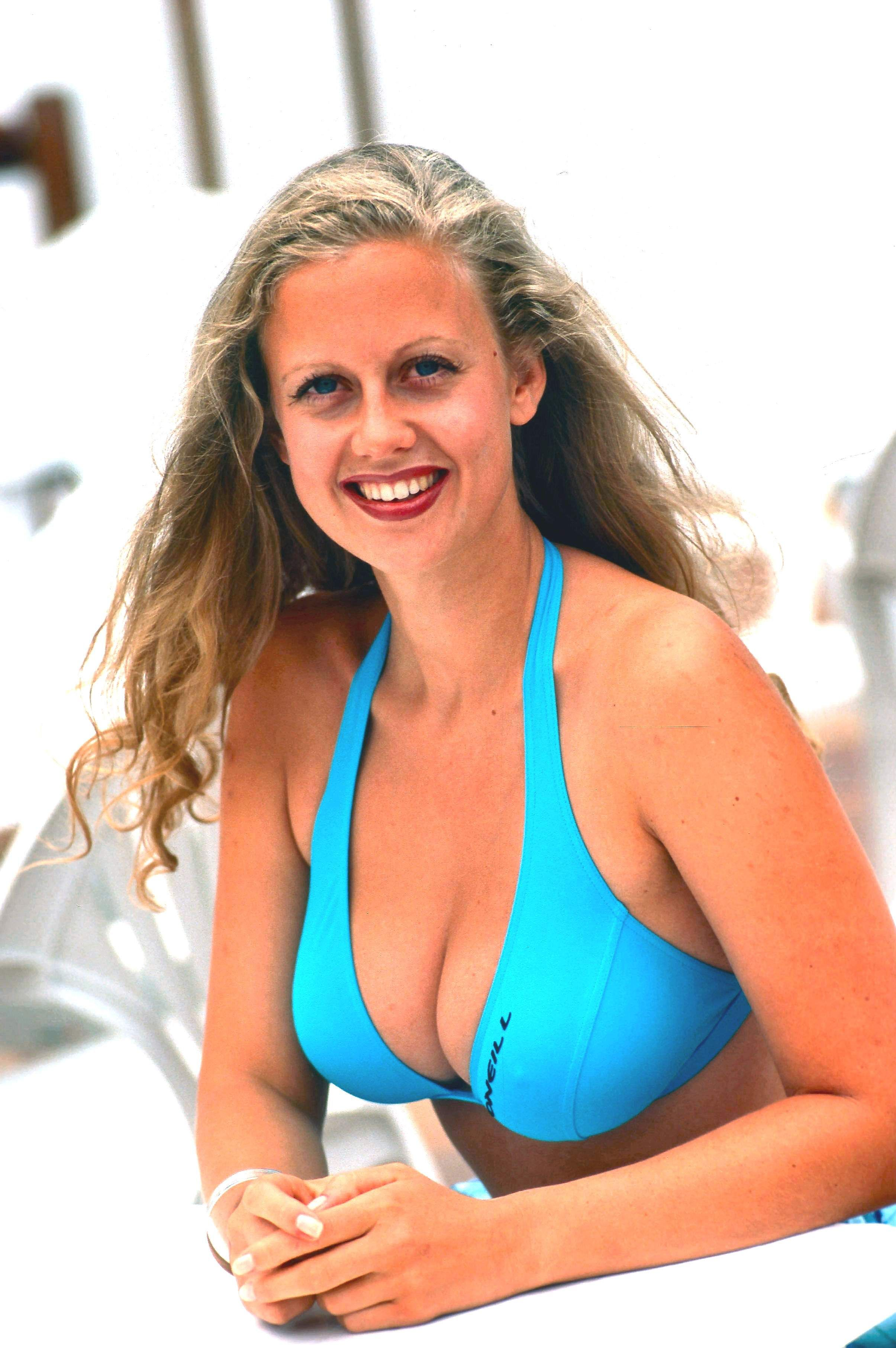 schöneberger bikini