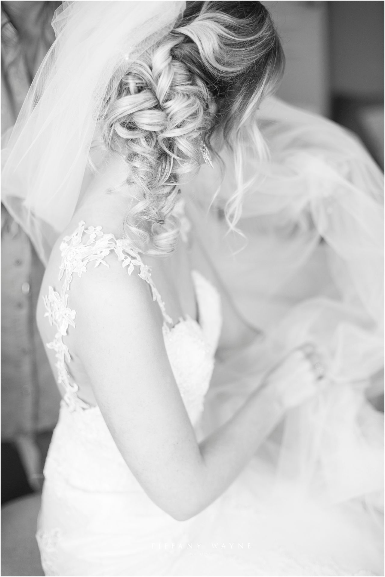 Bridal Hairstyles Ideas And Inspiration Bride Updo Hairstyle