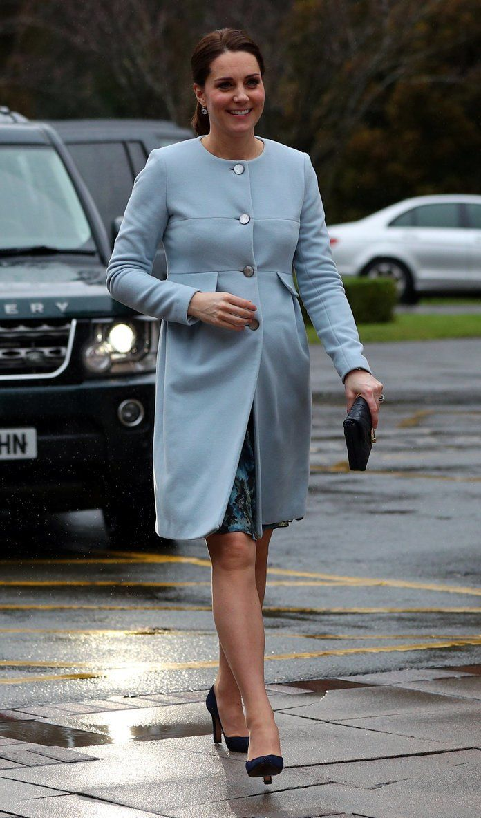Stop EVERYTHING: Duchess Kate Is Wearing A 35 ASOS Dress Today recommend