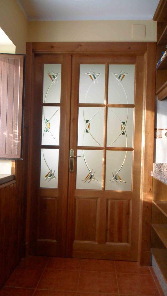 Puerta sal n 6 cristales 3 lateral fijo fondo vidrio - Cristales decorados para puertas ...