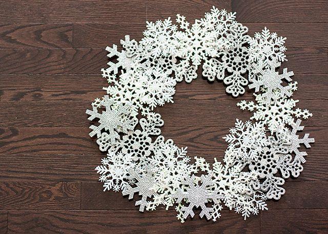 craft  Circus Berry  Snowflake WreathDiy ...