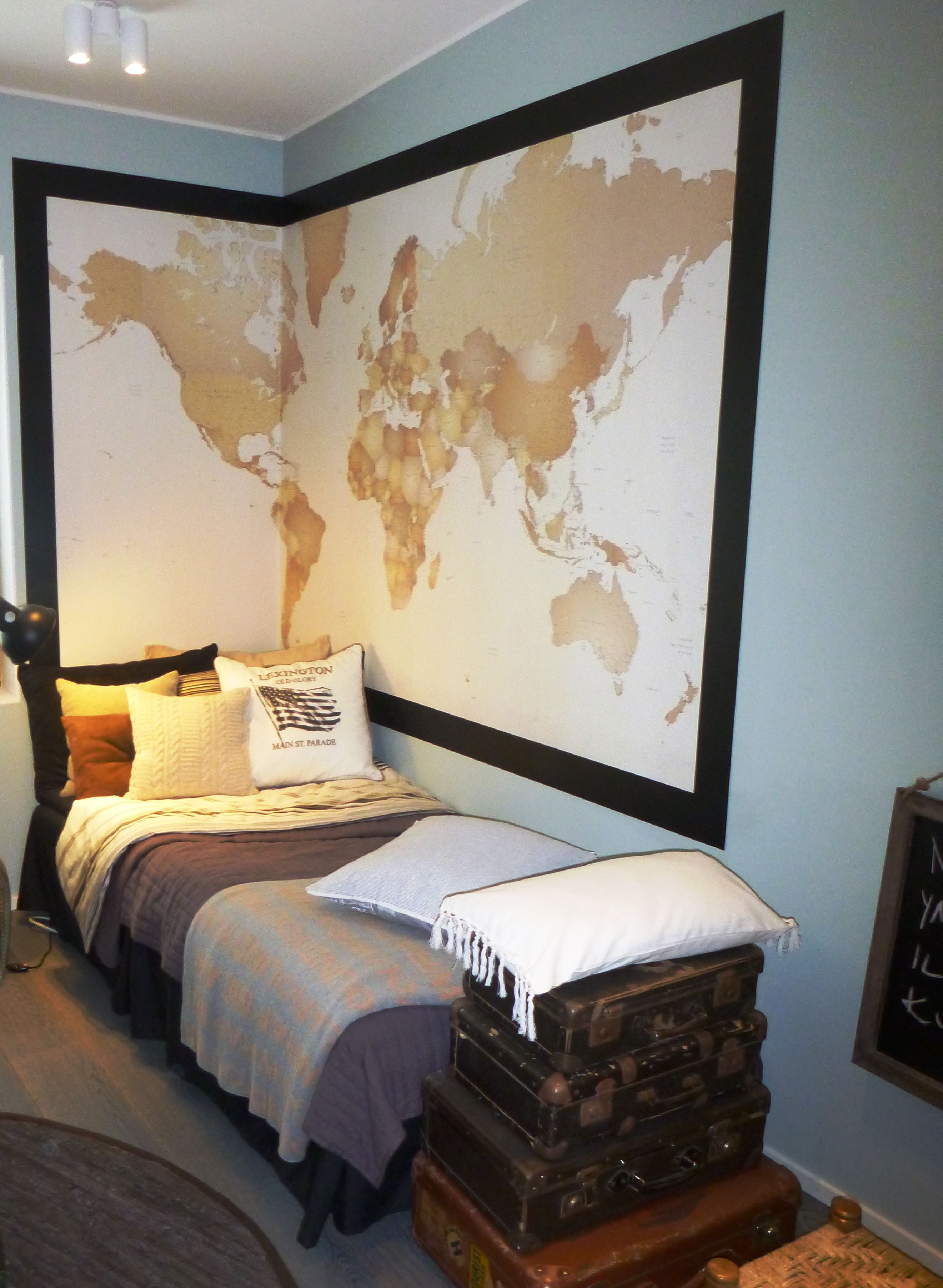 bed sheets | Travel themed bedroom