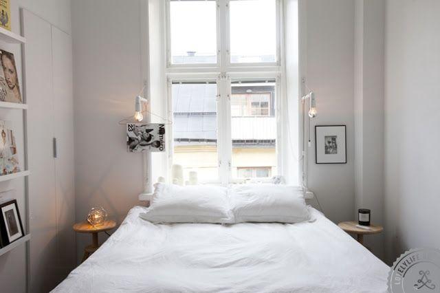 Cama frente ventana
