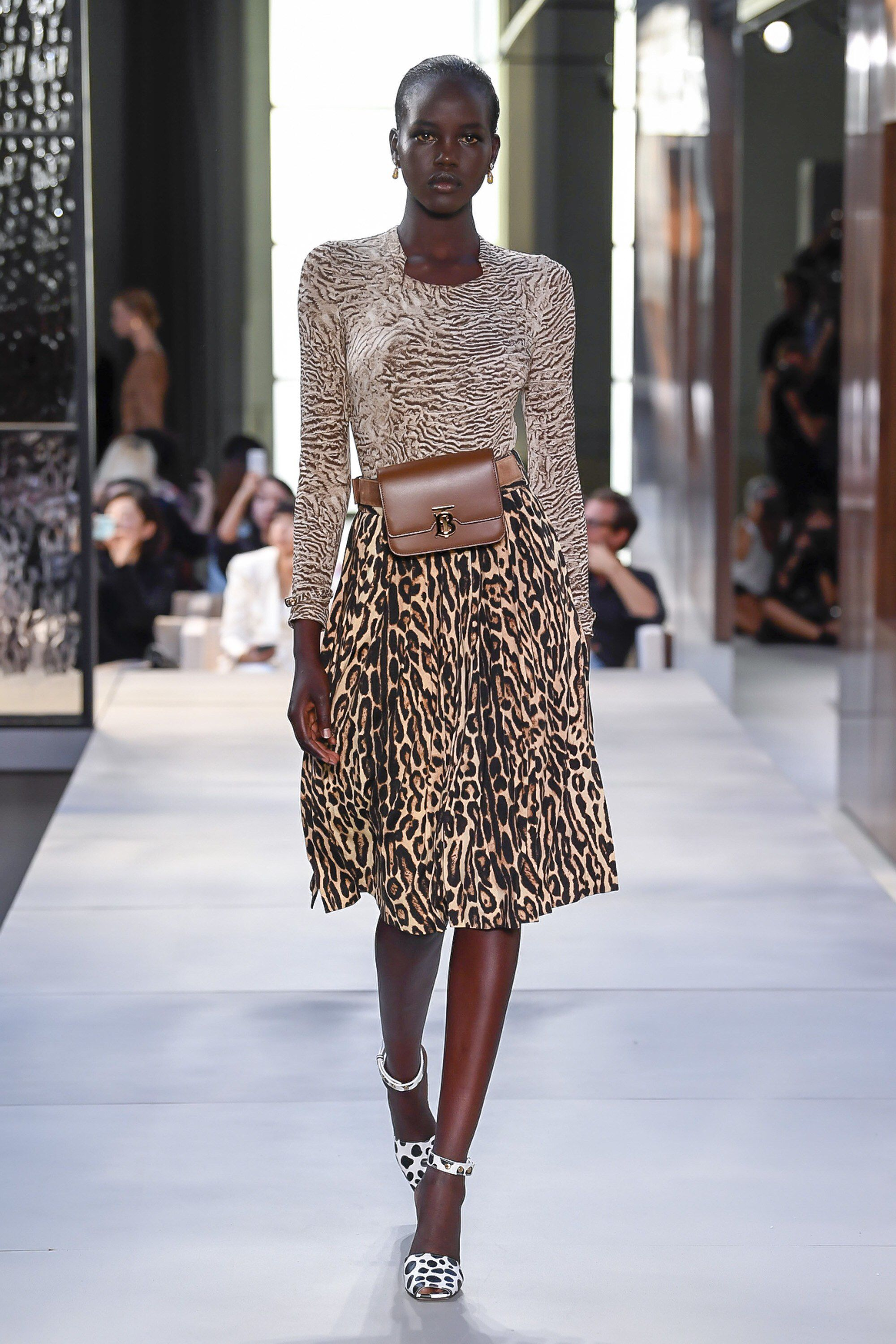 b6e66521f1f1 Burberry Spring 2019 Ready-to-Wear Fashion Show Collection  See the  complete Burberry Spring 2019 Ready-to-Wear collection. Look 12