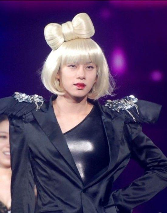 Pretty Male Idol Stars Dressed As Girls Kim Heechul Super Junior Heechul