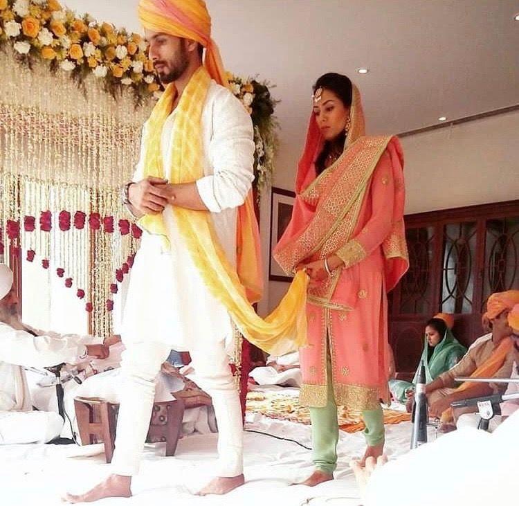 Shahid Kapoor Mira Rajput Wedding July 15 Mira Rajput Indian Wedding Outfits Anand Karaj