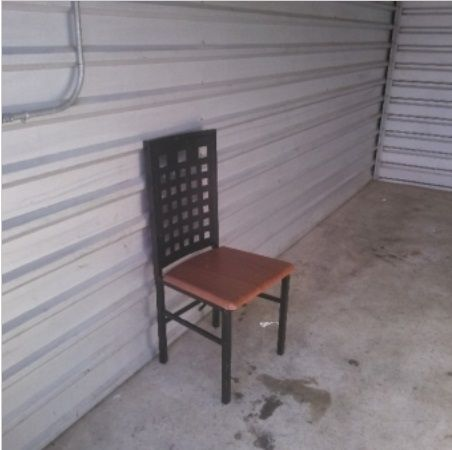 10x15. Chair, box, misc items. #StorageAuction in Memphis (069). Ends  Mar 9, 2016 8:00AM America/Los_Angeles. Lien Sale.