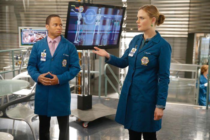 Emily Deschanel Bones Season 10