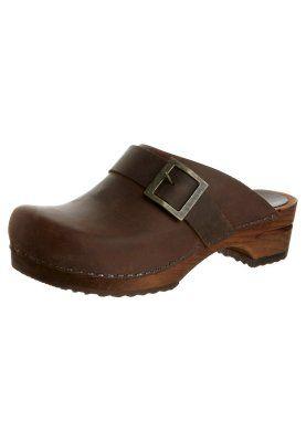 URBAN Clogs antique brown @ Zalando.co.uk | Clogs