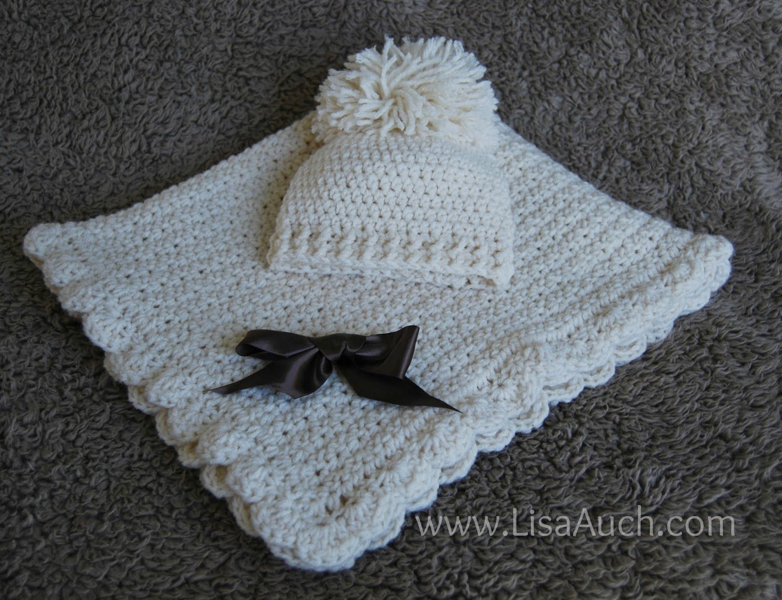 easy baby blanket and matching hat set- FREE crochet Patterns ...