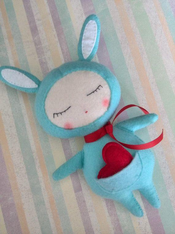 Filz Puppe-Filz Bunny Toy-personalisierte von SweeToysBaby auf Etsy