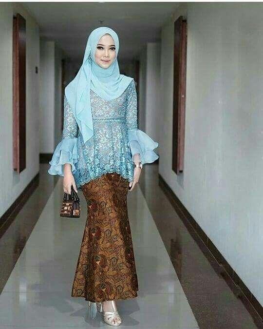 Desain Baju Kebaya Brokat Muslim 17