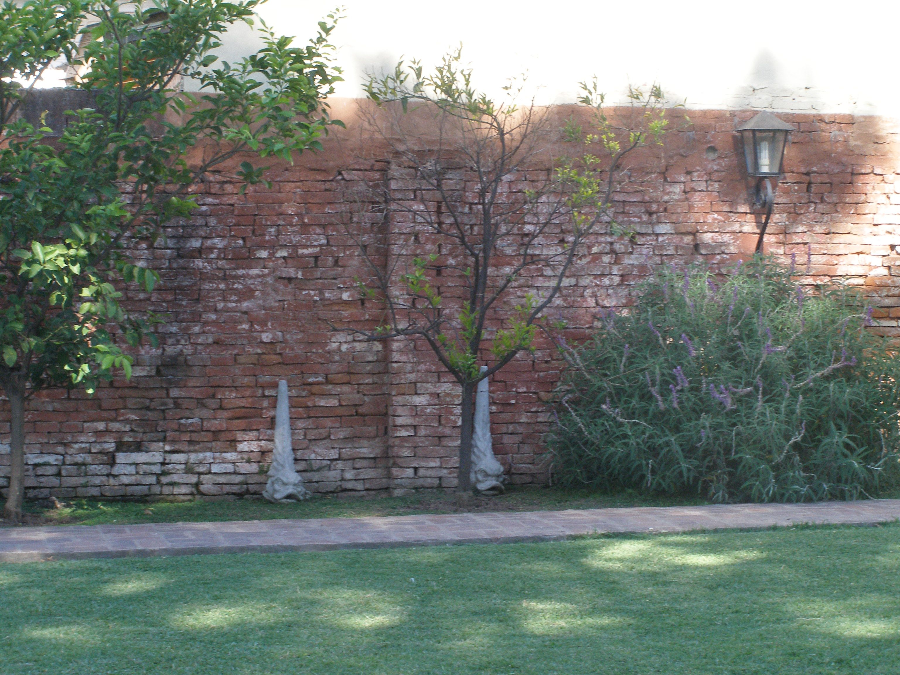 Resultado De Imagem Para Muros De Tijolo Rustico Muro De Tijolos