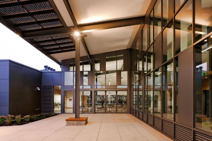 Portland Community Colleges Newberg Center Is The First Net Zero Higher Education Building In Oregon
