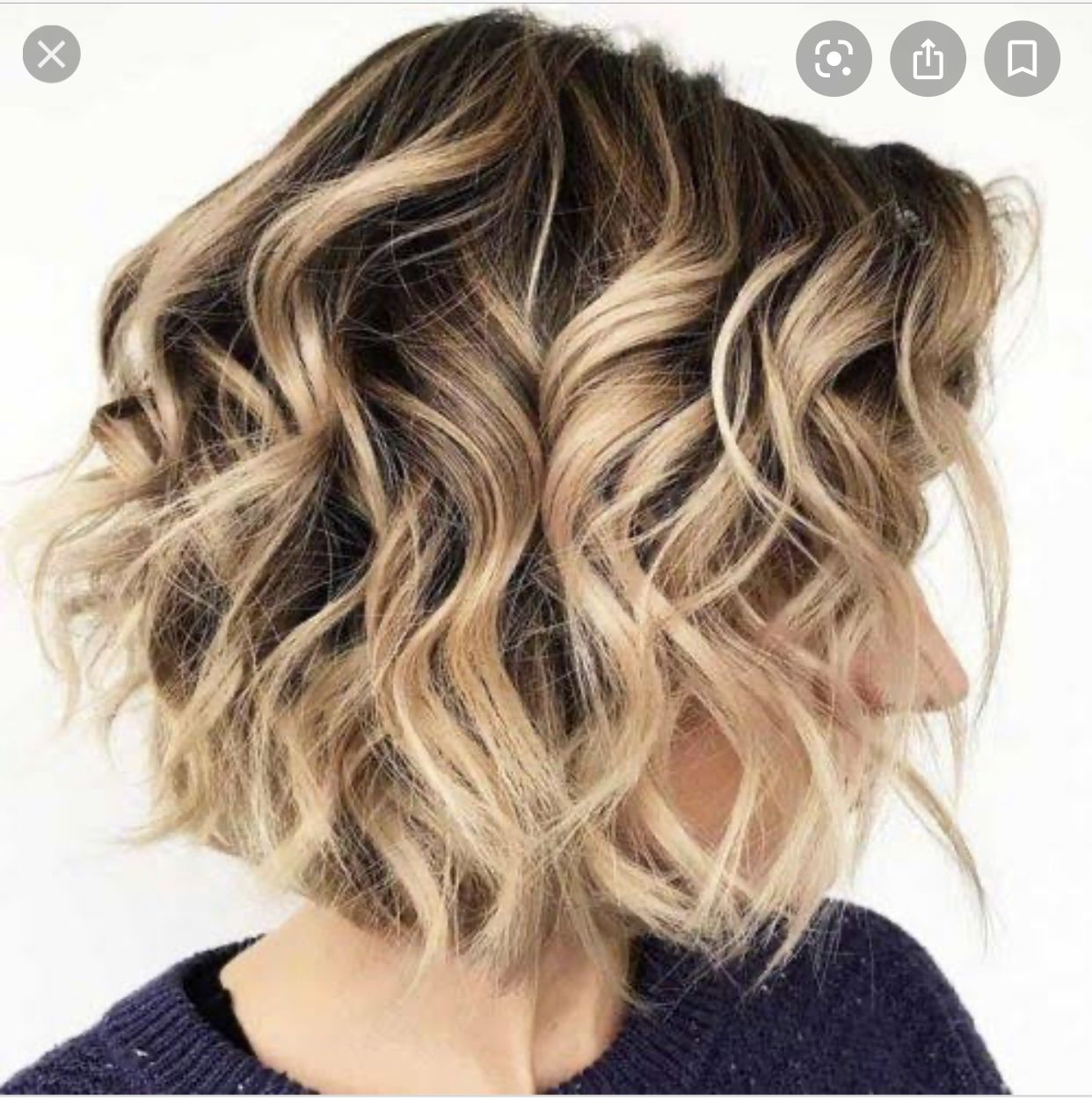 Pin By Peggy Sindric On Hair In 2020 Short Hair Waves Messy Waves Short Hair Beach Waves For Short Hair