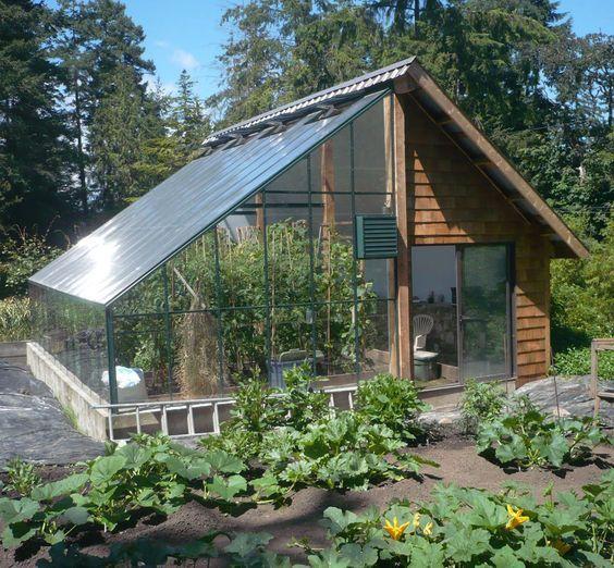 Grow and Store - Un combiné bien pensé du0027abri de jardin et de serre - construire une cabane de jardin en bois
