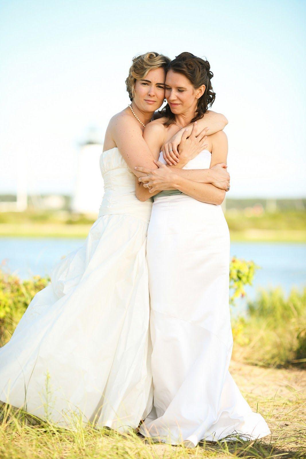 lesbian weddings martha�s vineyard lesbian wedding brides