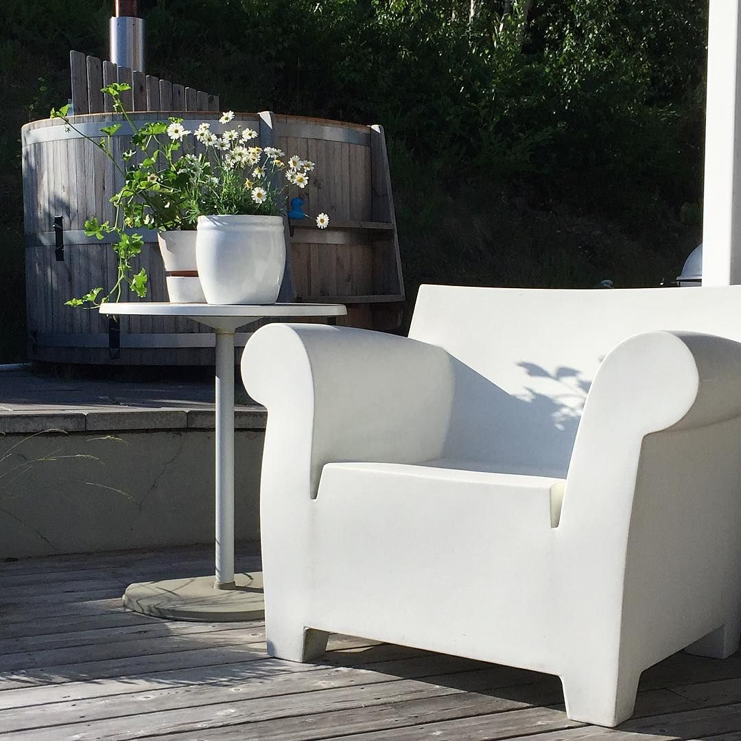 White | Bubble by Philippe Starck