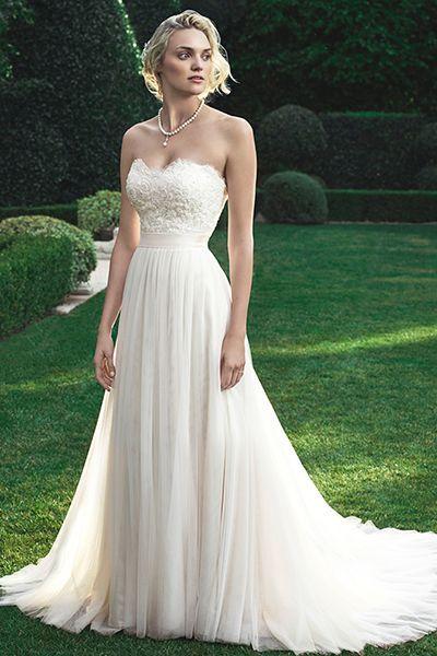60 Dreamy Dresses For A Beach Bound Bride Sweetheart Neckline Wedding Wedding Dresses Sweetheart Neckline Wedding Dresses Strapless
