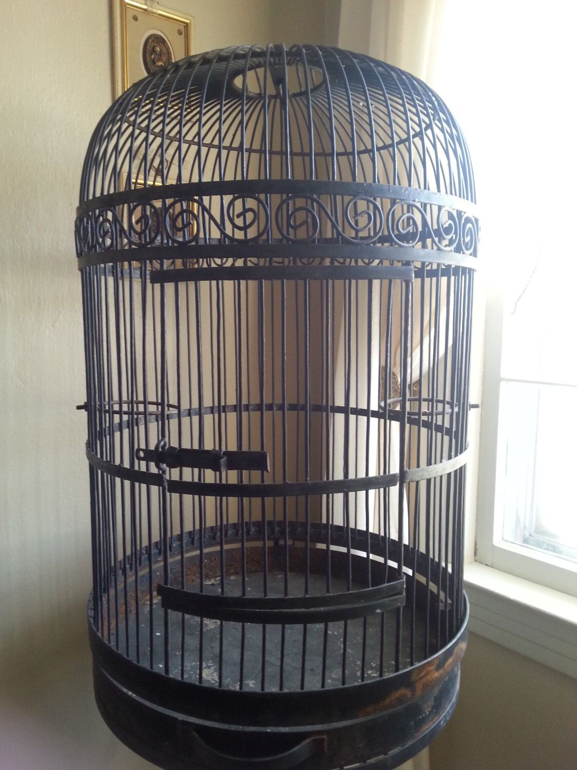 wrought iron bird cage metal bird house vintage bird stand large bird cage attached stand. Black Bedroom Furniture Sets. Home Design Ideas