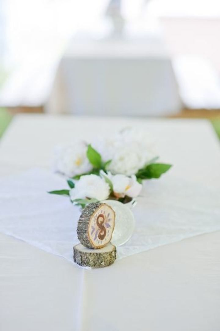 Wedding table number - Rustic wedding reception decorations | fabmood.com #farmwedding #rusticwedding #weddingideas #weddinginspiration #rustic