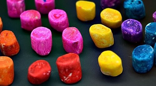 art activities for kids! brightly colord marshmallows
