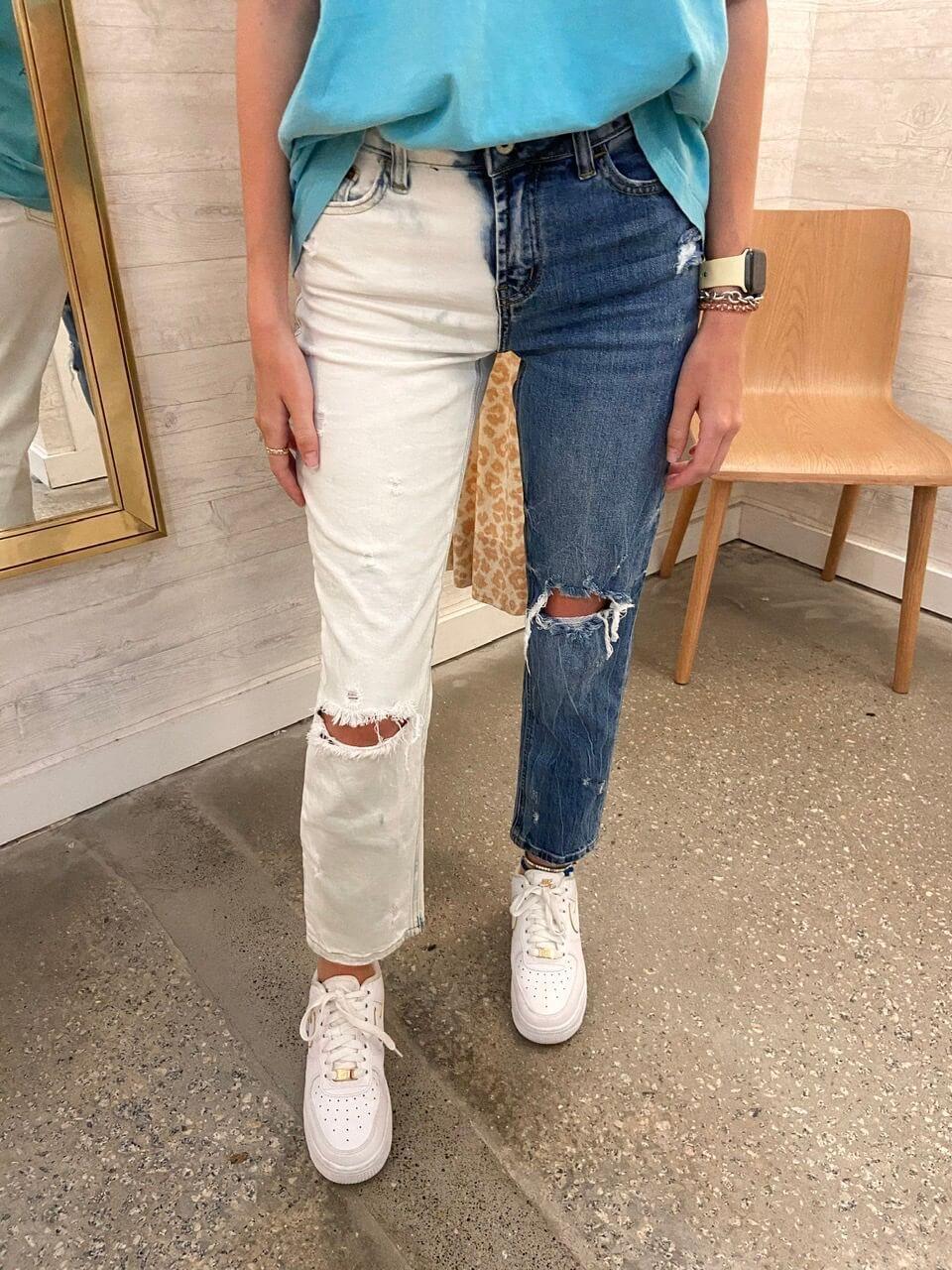 Two Tone Bleached Jeans Bleach jeans diy, Jeans diy, Diy