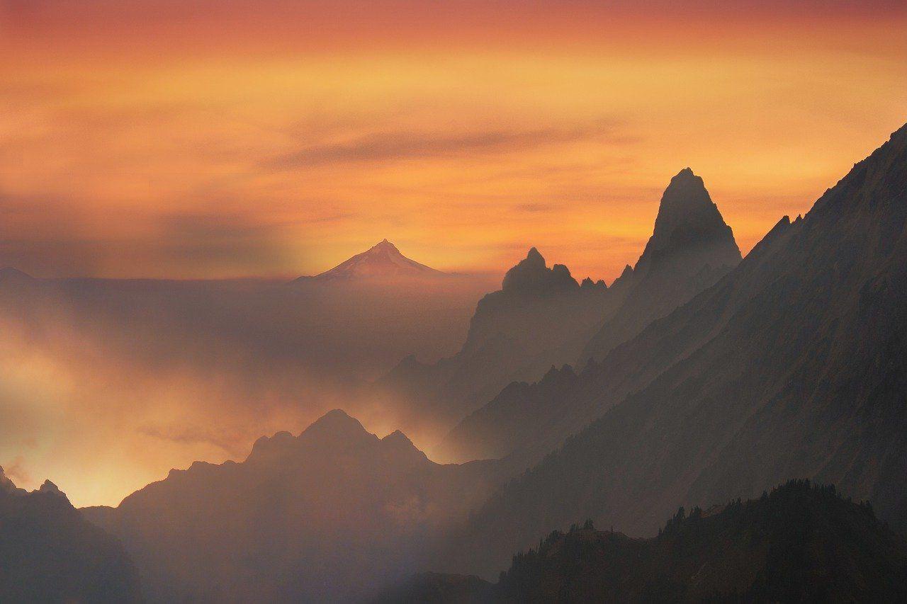 Imagen Gratis En Pixabay Paisaje Montanas Atardecer In 2020 Landscape Mountain Sunset Nature