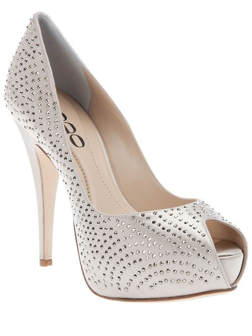 364bba7d3b27 This crystal shoe is a DIY and not as hard as you think !! Rodo Swarovski  Shoe
