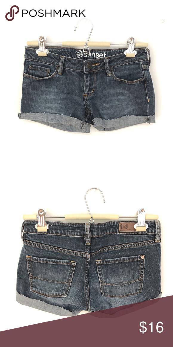 Bullhead cutoff denim shorts Bullhead cutoff denim shorts. 99% cotton 1% spandex. Bullhead Shorts Jean Shorts #denimcutoffshorts