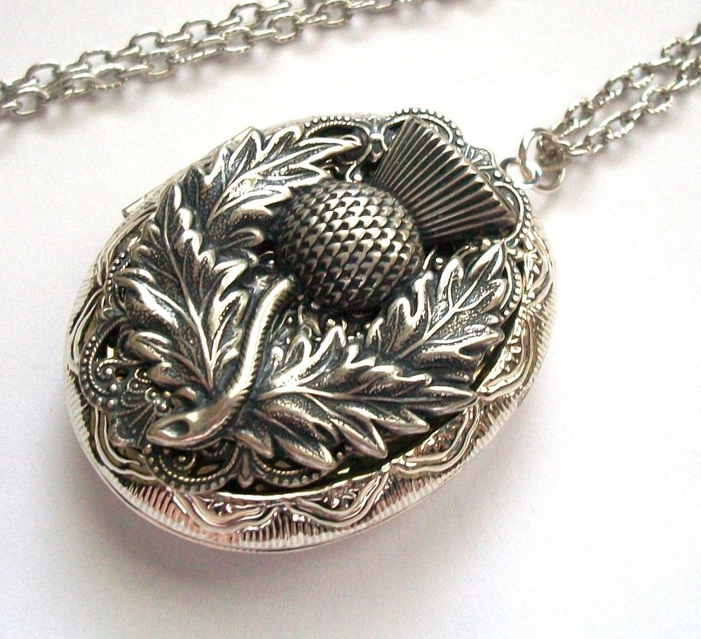 ON SALE Large Medieval Queens ncklace cast in sterling silver