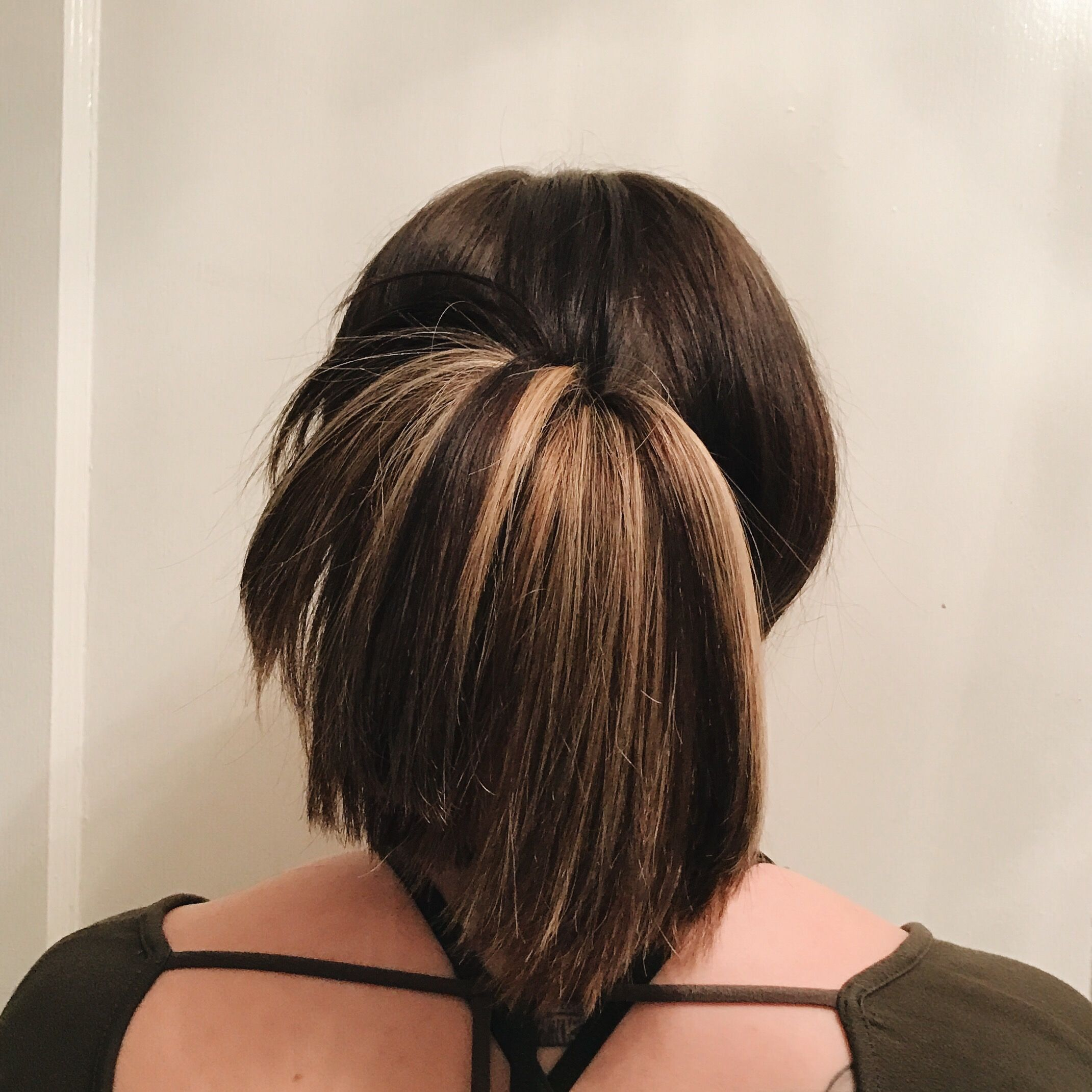 Look #4 - 5 Go-To Hairstyles theresamariedaily.com