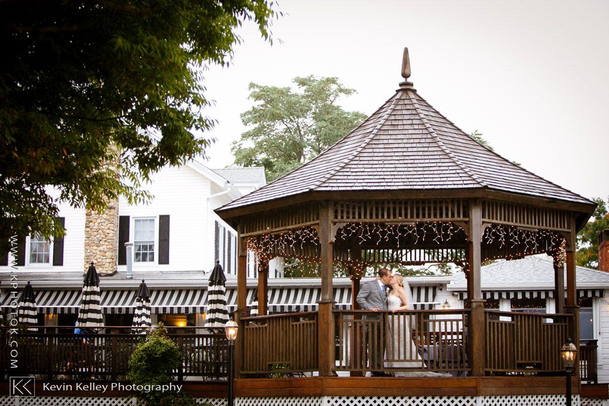 Owenego Inn Wedding Connecticut Wedding Connecticut Wedding Photographers Ocean View Wedding