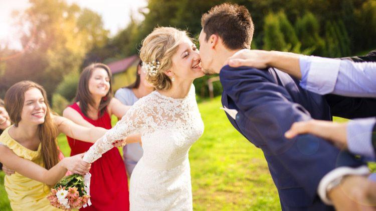 lustige hochzeitsfotos google search wedding pics ideas hochzeit bilder hochzeitsfoto. Black Bedroom Furniture Sets. Home Design Ideas