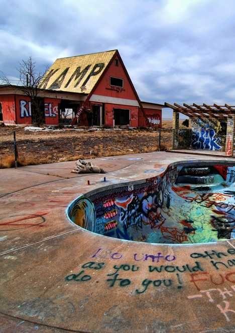 Off The Deep End: 12 Abandoned Swimming Pools; Graffiti Bowl – Two Guns, AZ, USA
