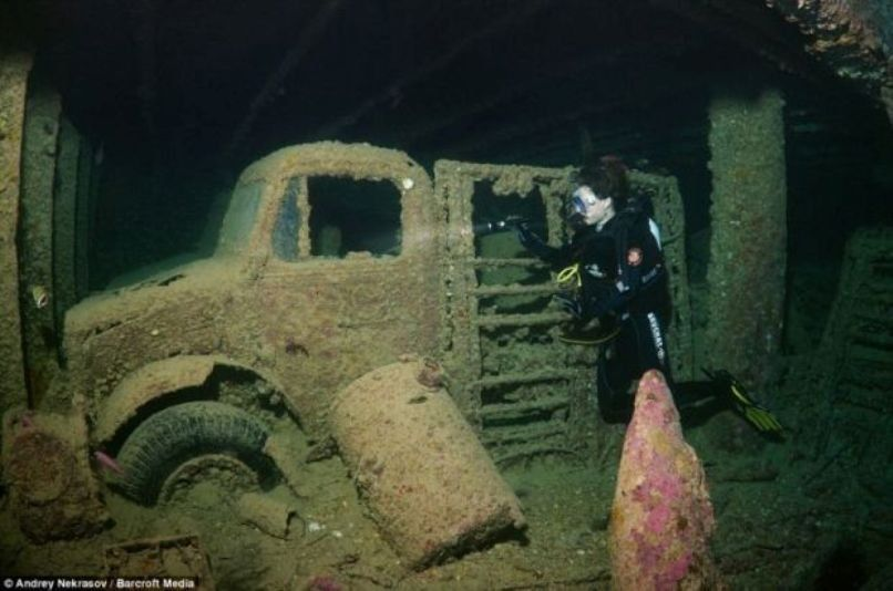 18 Strangest Things Found Under The Sea Strange things - resiliation bail meuble proprietaire