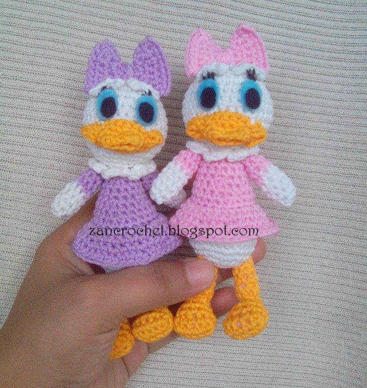 Free amigurumi Daisy Duck - Amigurumi Donald and Daisy is one of my ...