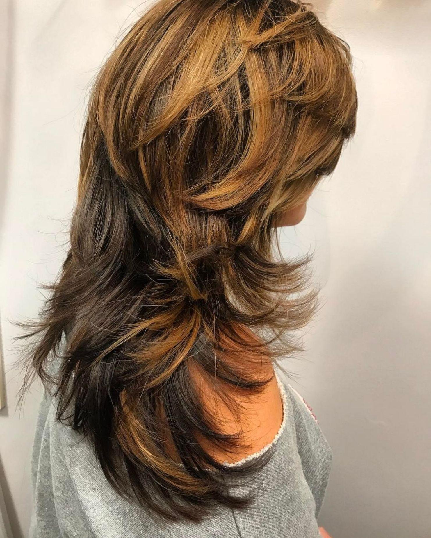 Long Shag With Feathered Layers   Modern shag haircut, Long shag ...