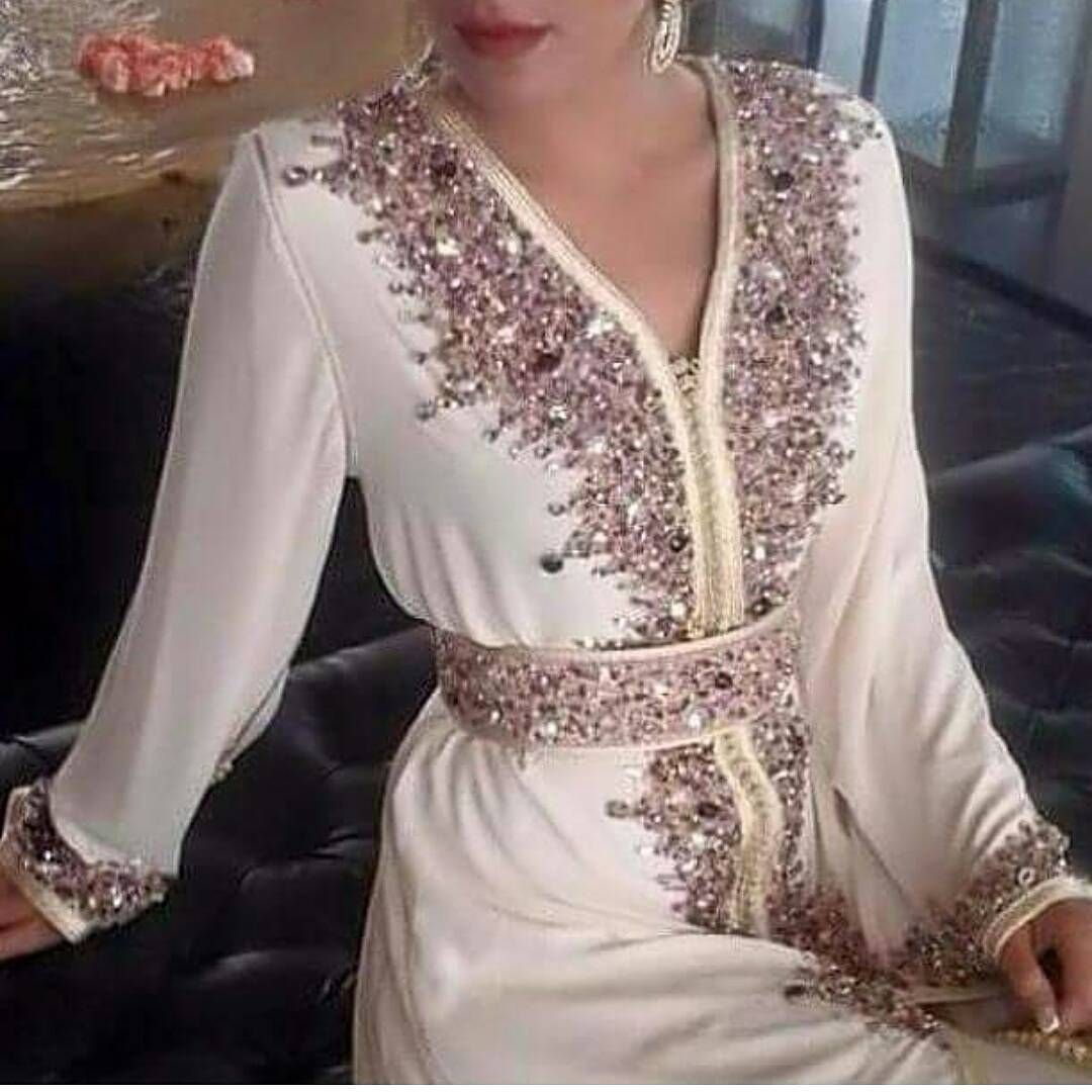 See This Instagram Photo By Caftan Chic 22 Likes Moroccan Dress Caftan Dress Moroccan Fashion