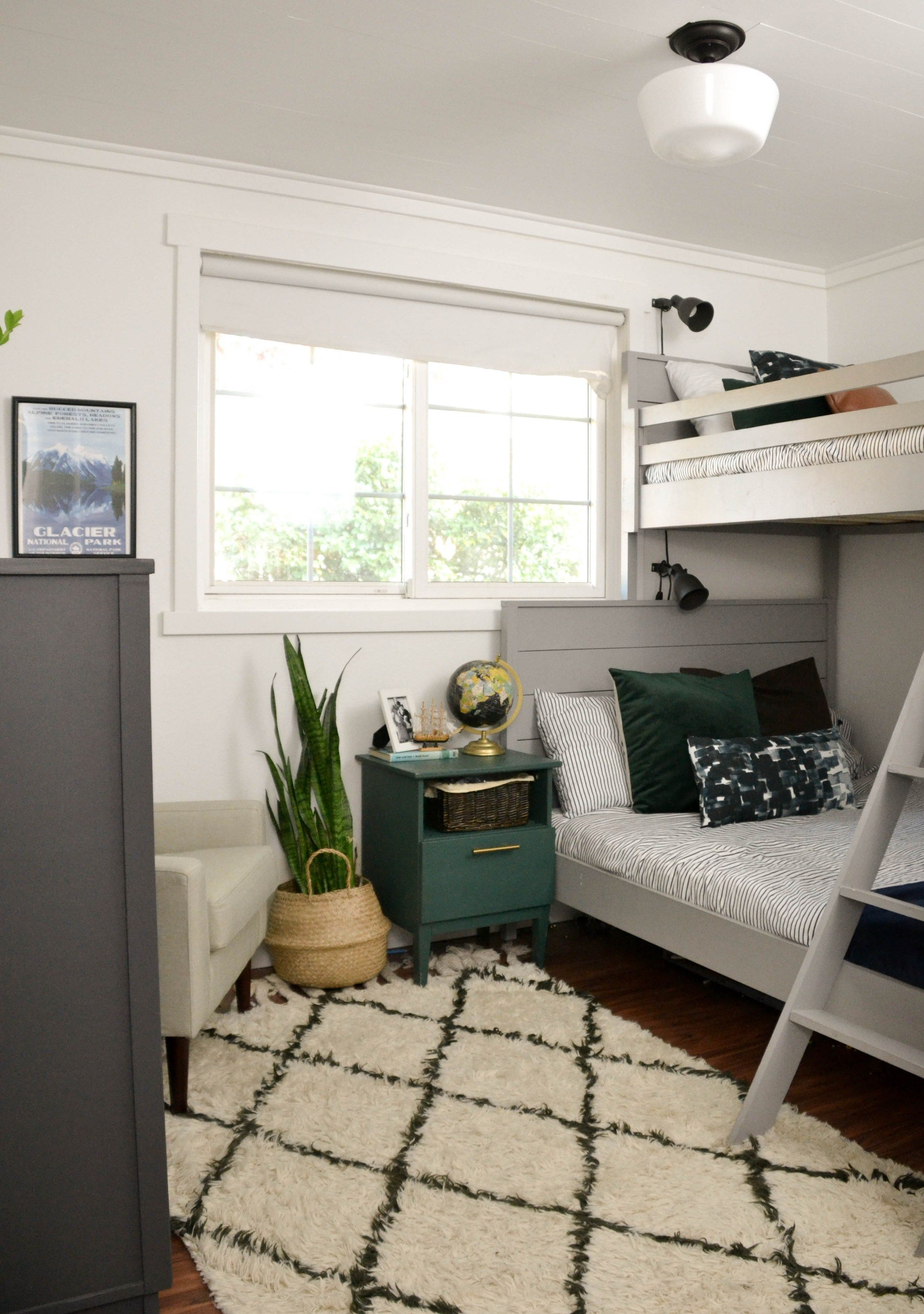 Small Shared Boys Room Diy Twin Over Full Bunk Bed Small Boys Room Twin Boys Room Cool Boys Room