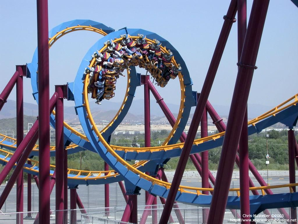 Scream Six Flags Magic Mountain Ca Six Flags Theme Parks Rides Roller Coaster