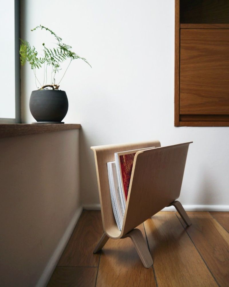 15 Stylish Floor Magazine Racks That Will Keep Your Space Tidy Stylish Flooring Modern Magazine Racks Magazine Rack