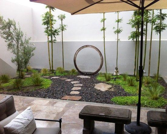 innenhof zen ambiente gestaltung bambus pflanzen skulptur ...